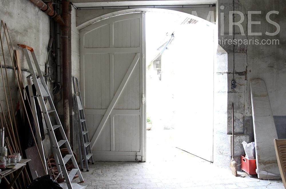 Garage et débarras. C1501