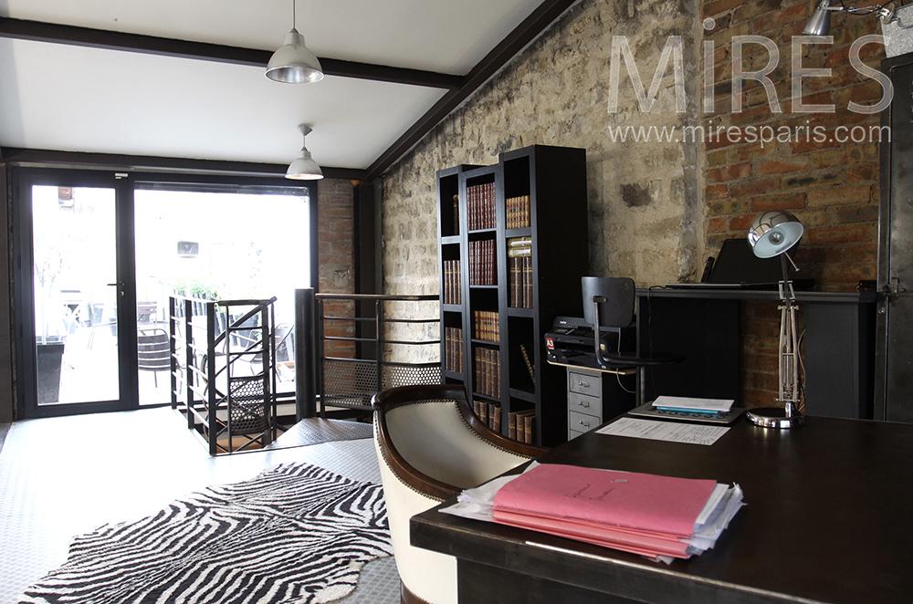 Bureau sur mezzanine. C0157