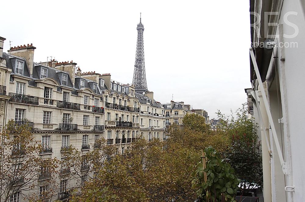 Balcon sur Tour Eiffel. C1511