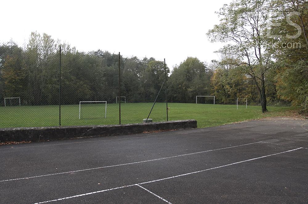 Tennis, foot et basket. C1512