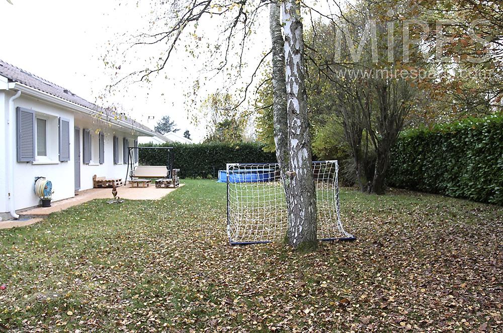 Jardin d'automne. C1513