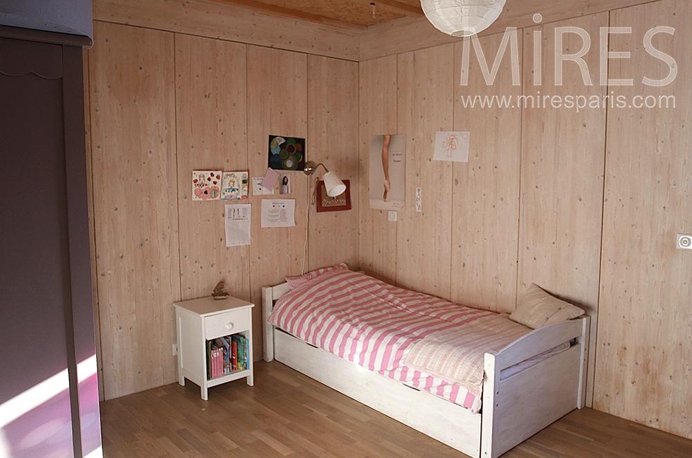 Bibliothèque rose bedroom. C1514
