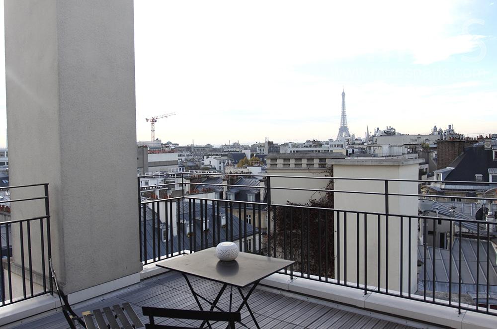 Déjeuner sur Tour Eiffel. C1515