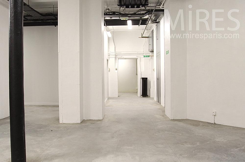 Couloirs de cave. C1520