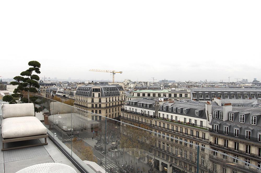 L'infini des toits de Paris. C1521