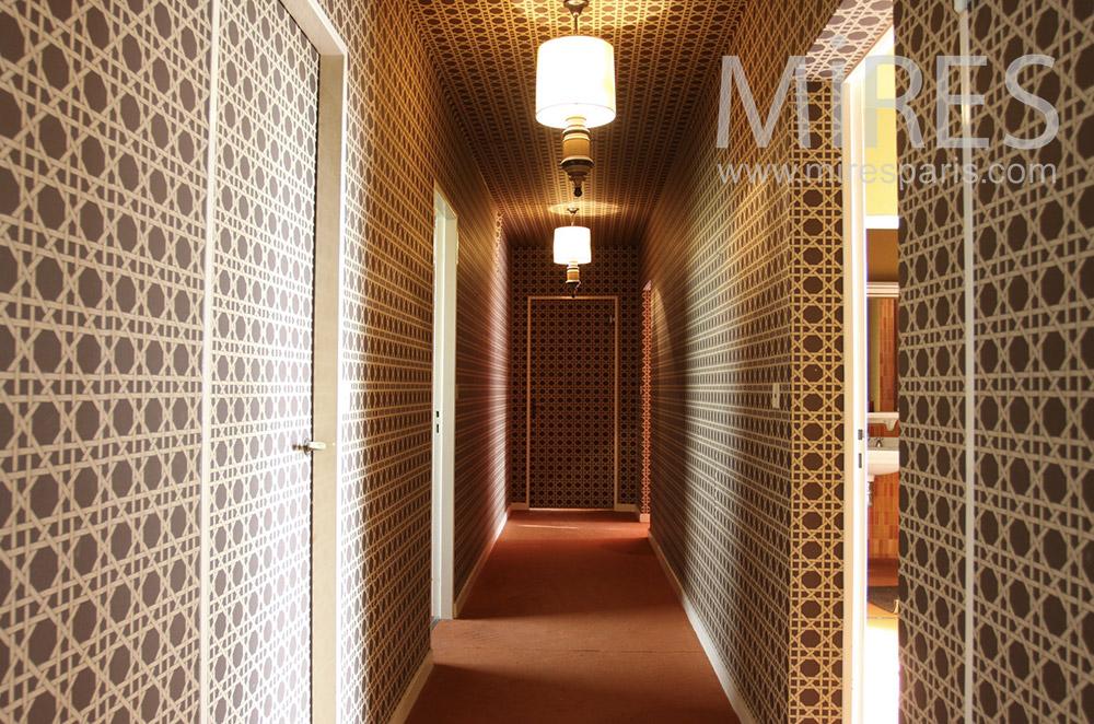 Couloirs et effet d'optique. C1528