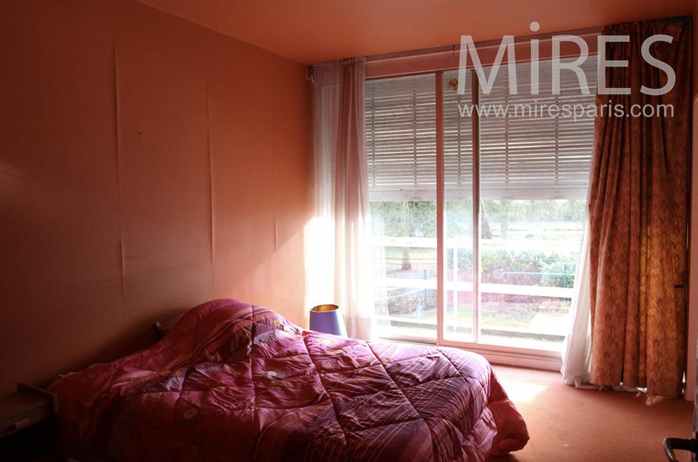 Pink room. C1528