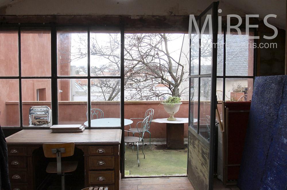 Bureau ouvert sur terrasse. C1535