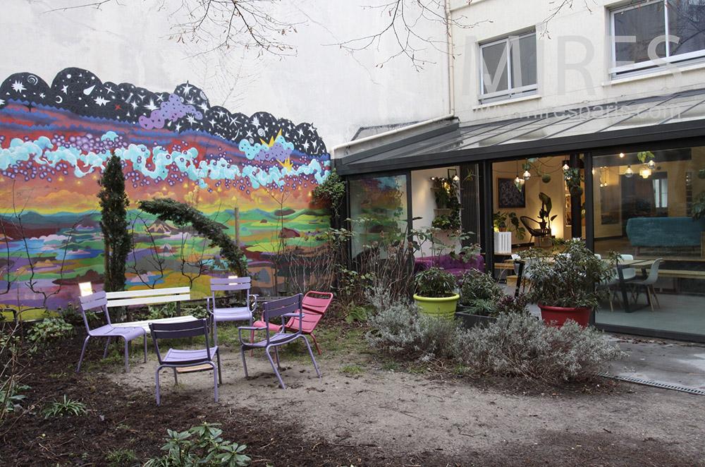 Terrasse colorée. C1536