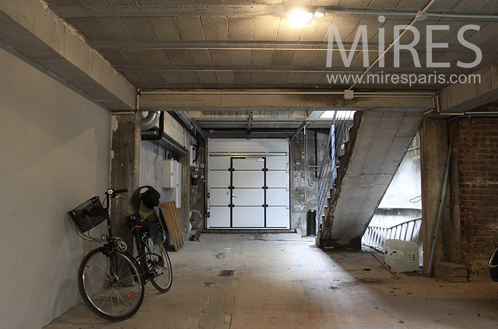 Garage à vélo. C1539