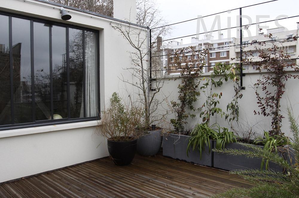Petite terrasse en étage. C1539