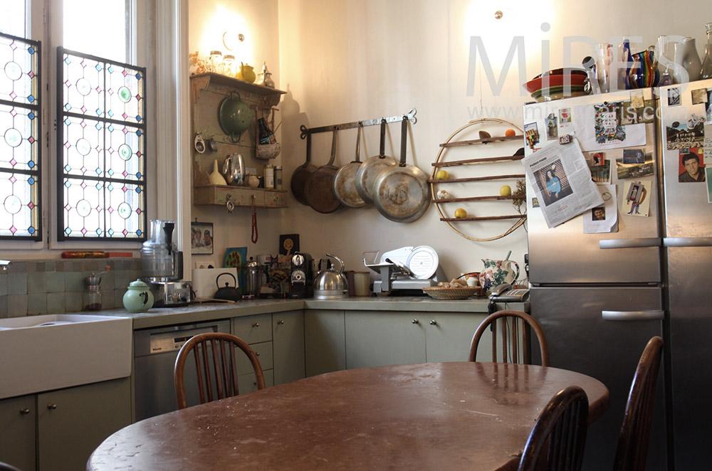 Vintage kitchen. C0145