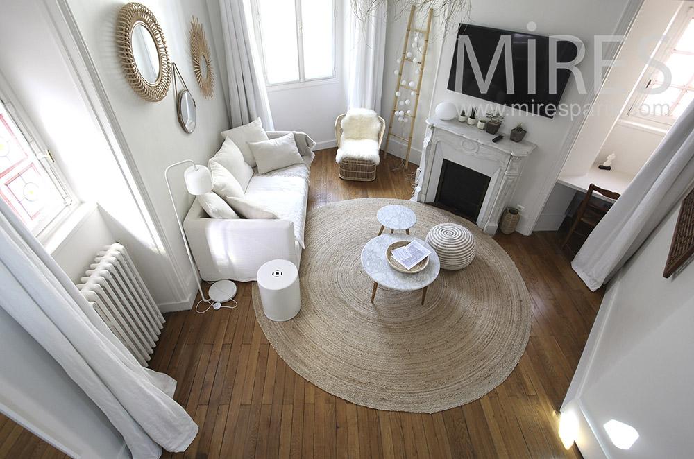 Salon blanc pour suite en duplex. C1557