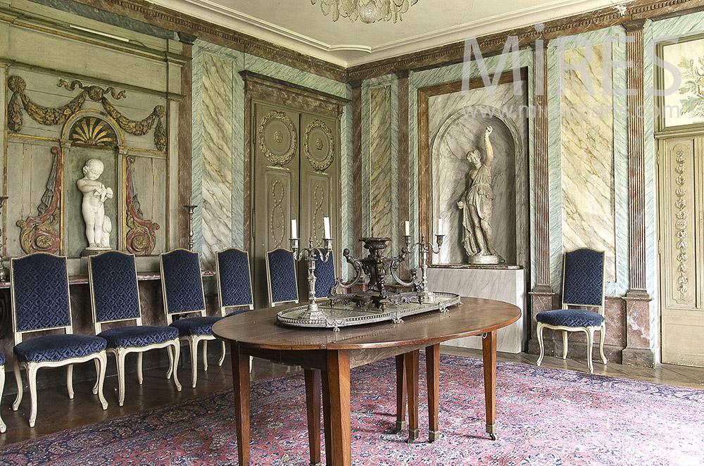 Salon faux marbre. C1558