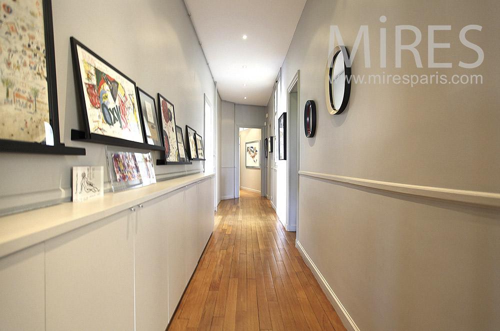 Couloir d'exposition. C1559