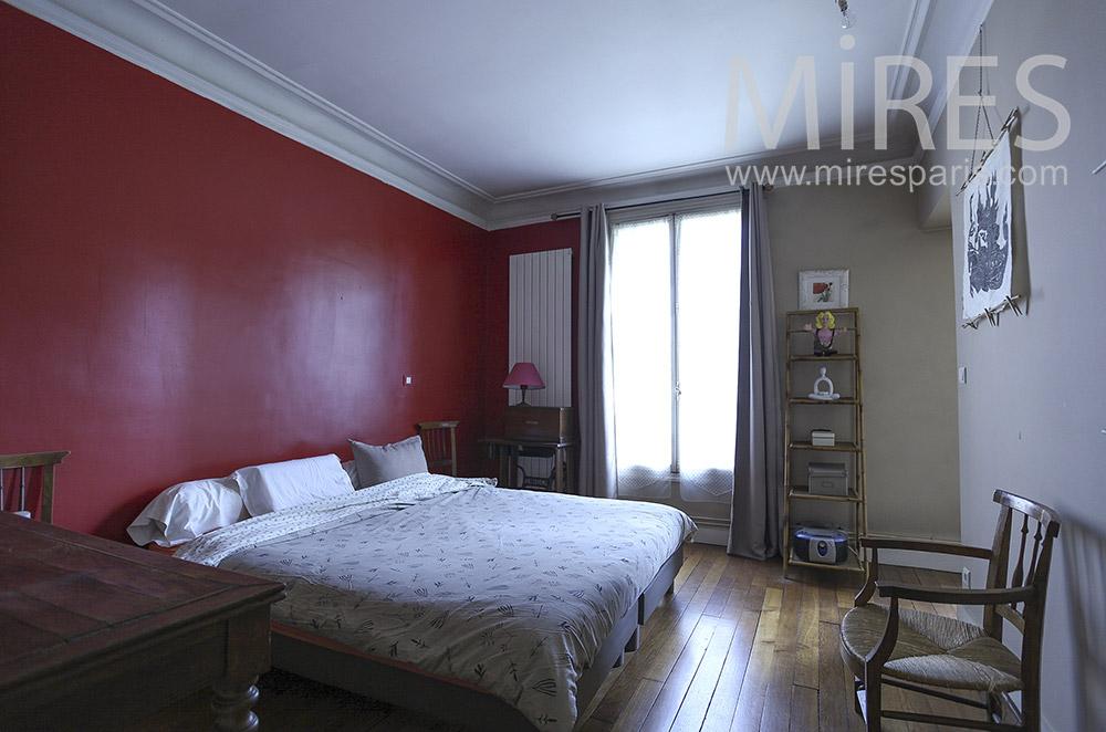 Double lit pour chambre bordeaux et grise. C9  Mires Paris