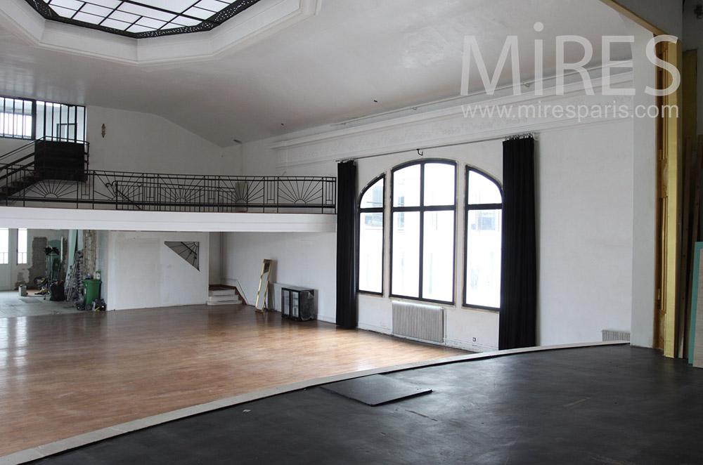 Théâtre et balcon. C1443