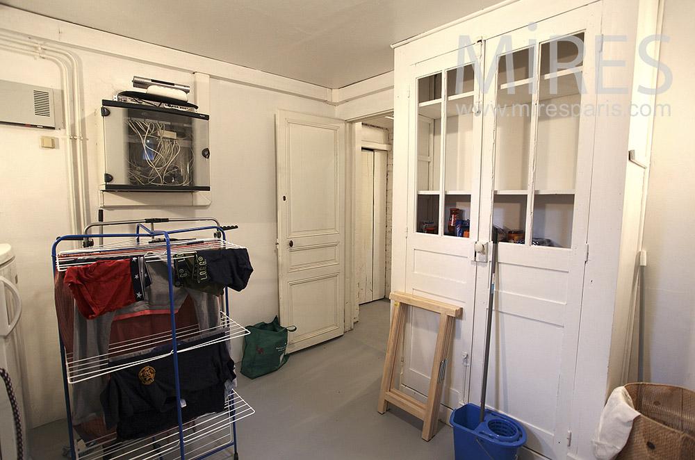 buanderie en sous sol c1563 mires paris. Black Bedroom Furniture Sets. Home Design Ideas