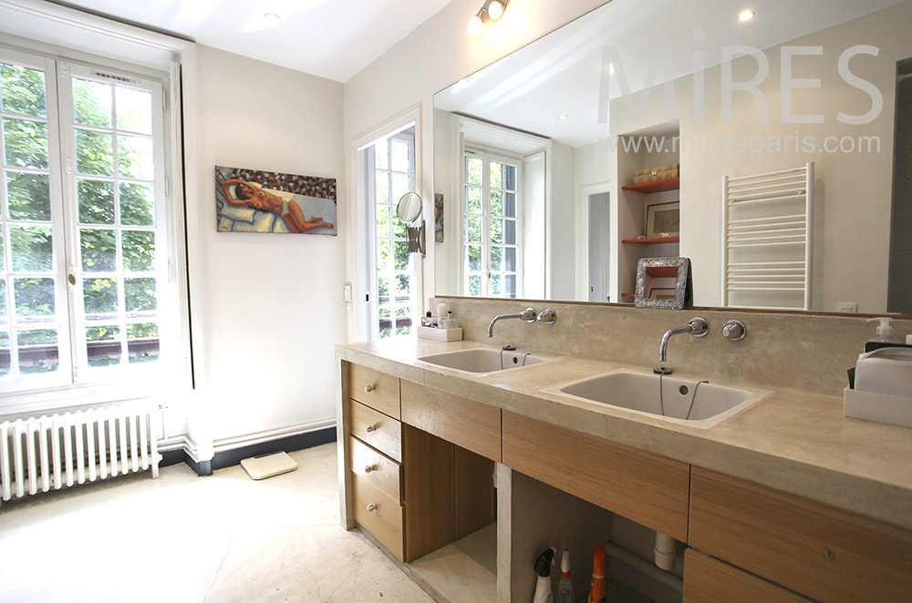 Double lavabo lumineux. C1568