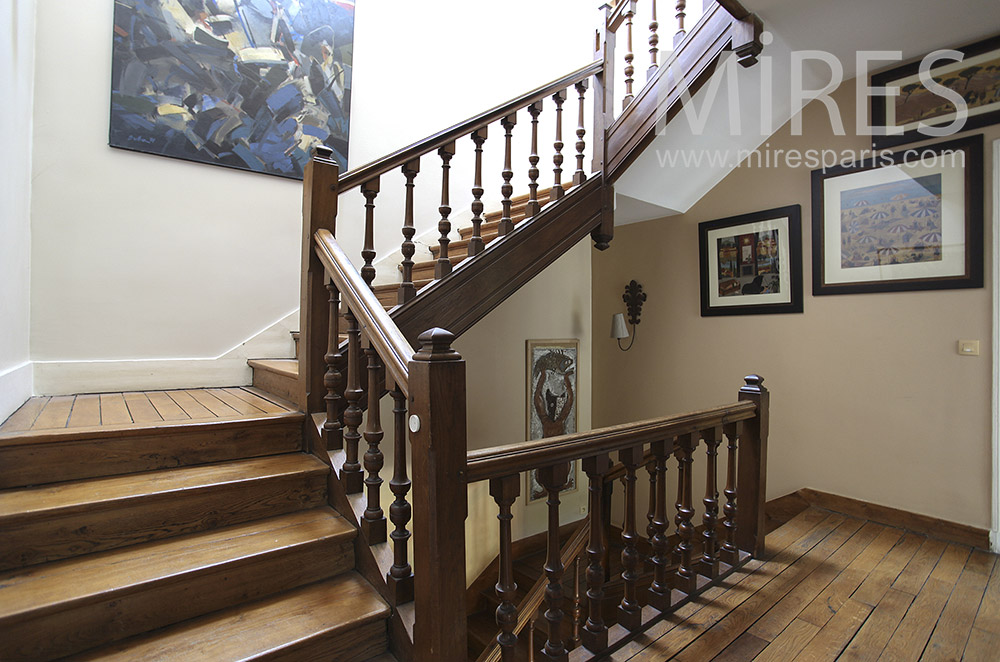 Stairs of solid wood. C1568