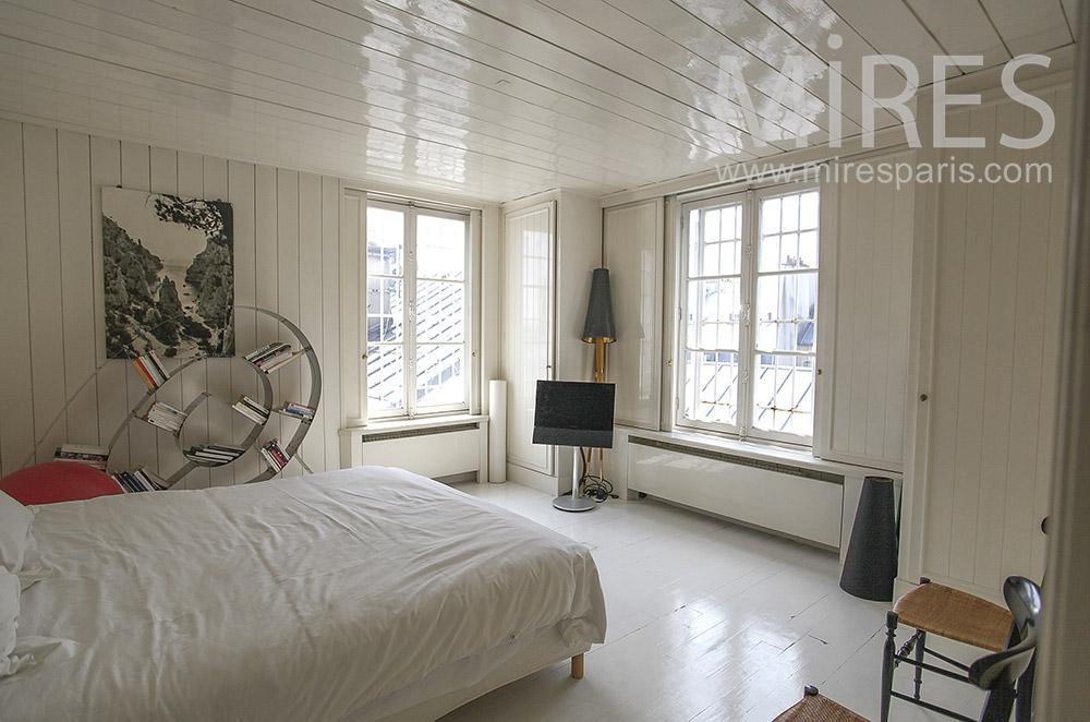 White wood bedroom. C1569