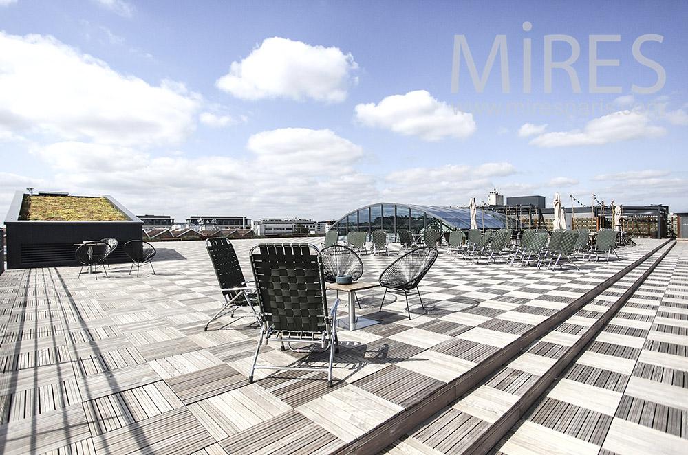 Huge rooftop. C1577