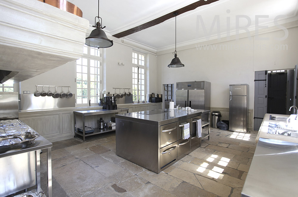 Stainless steel Kitchen. C1580