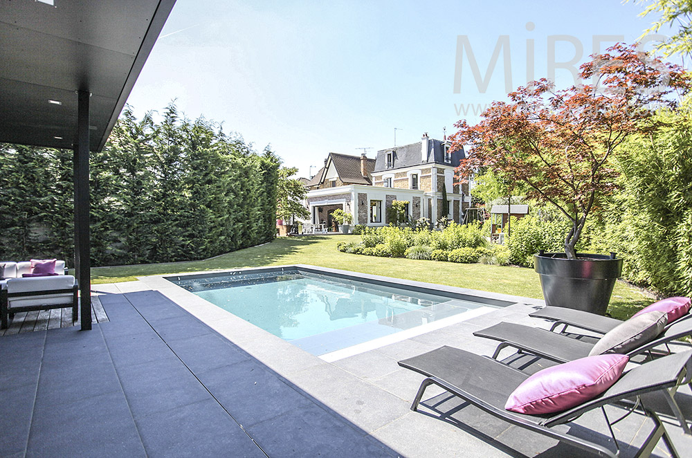 piscine et pool house moderne c1581 mires paris. Black Bedroom Furniture Sets. Home Design Ideas