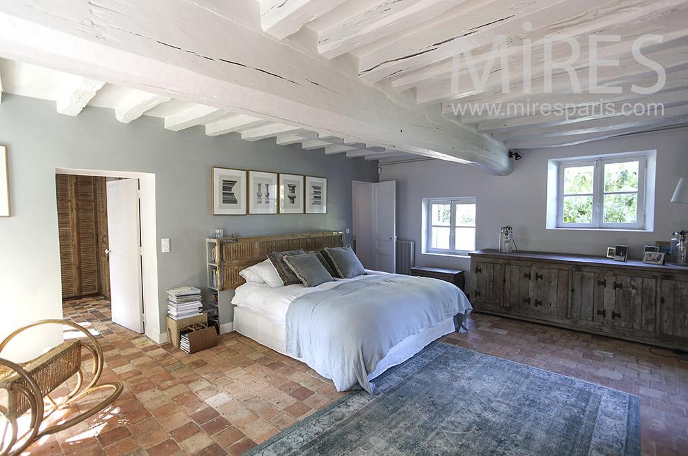 Grande chambre de ferme restaurée. C1592