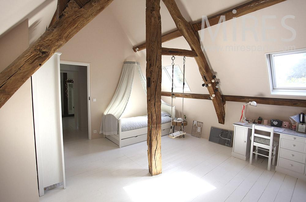 Chambre avec balançoire. C1592