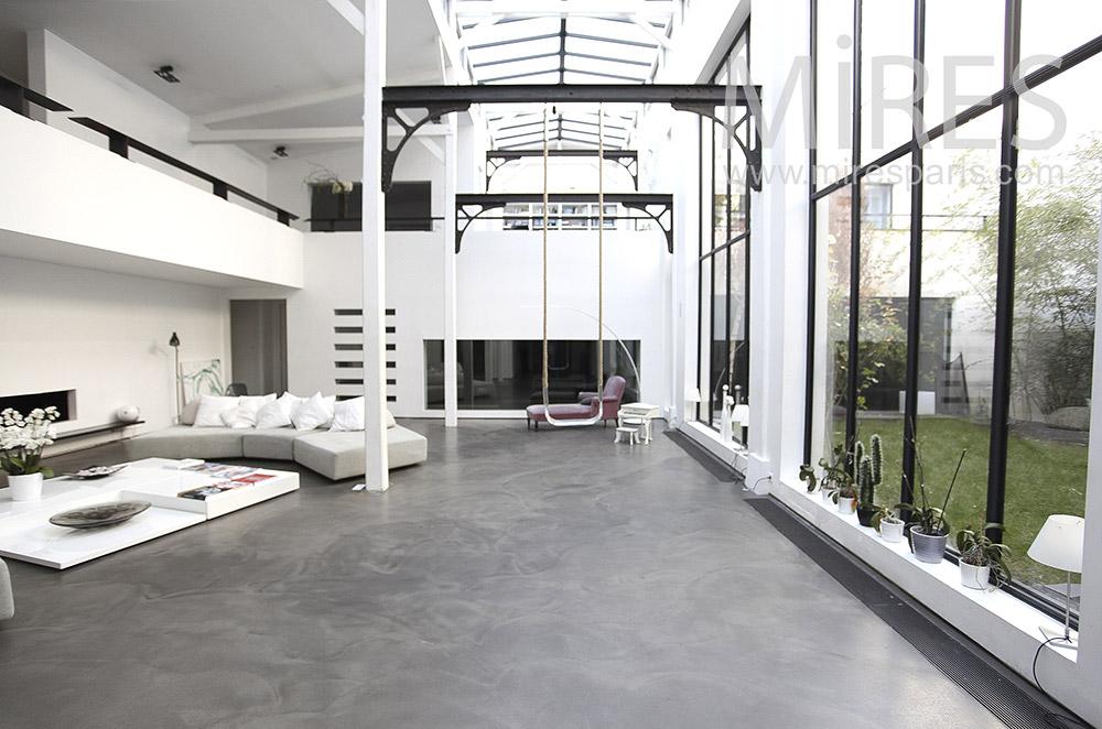 Très grand salon moderne. C0096 | Mires Paris