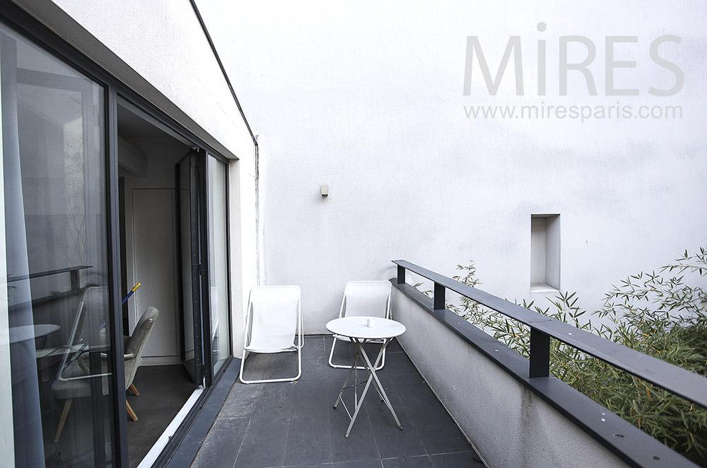 Anthracite balcony. C0096