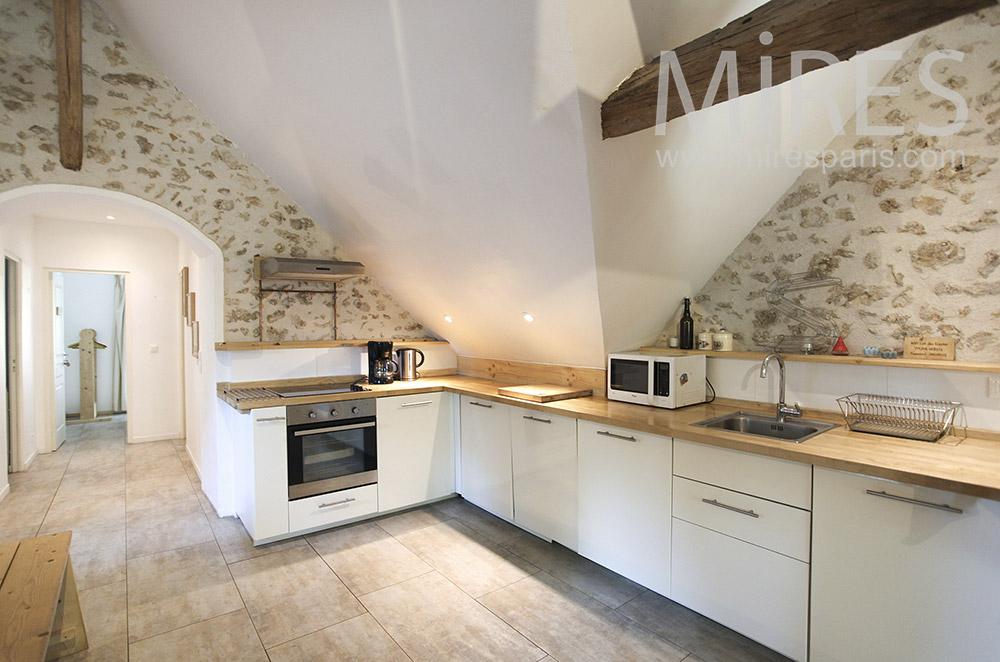 Modern white kitchen. C0630