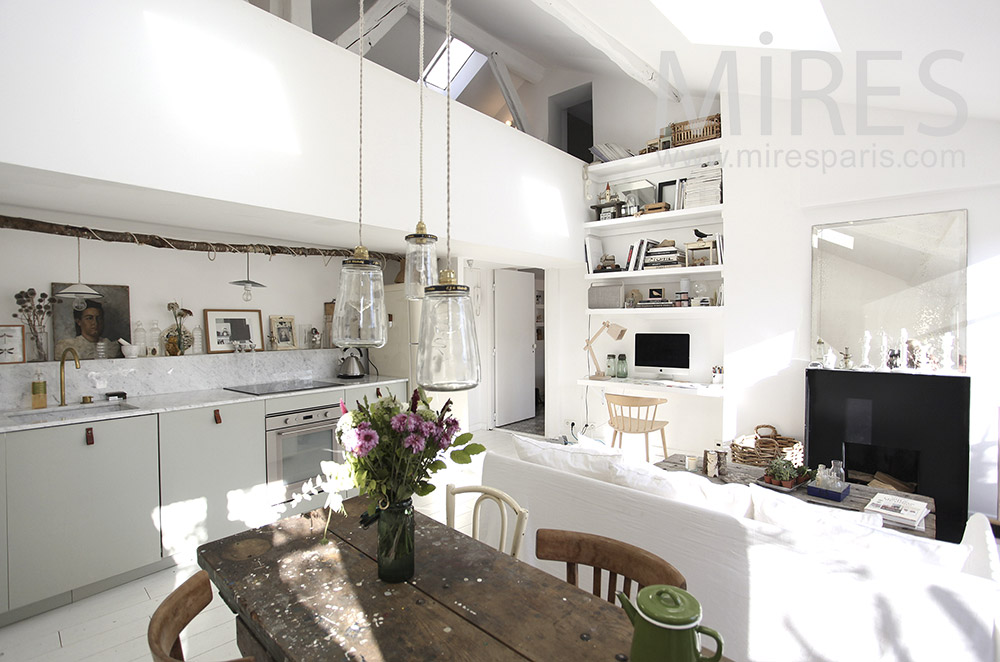 White apartment on two levels. C1601
