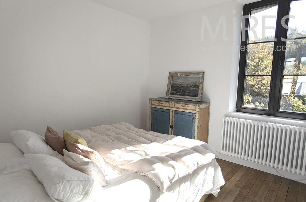 Simple room. C1603