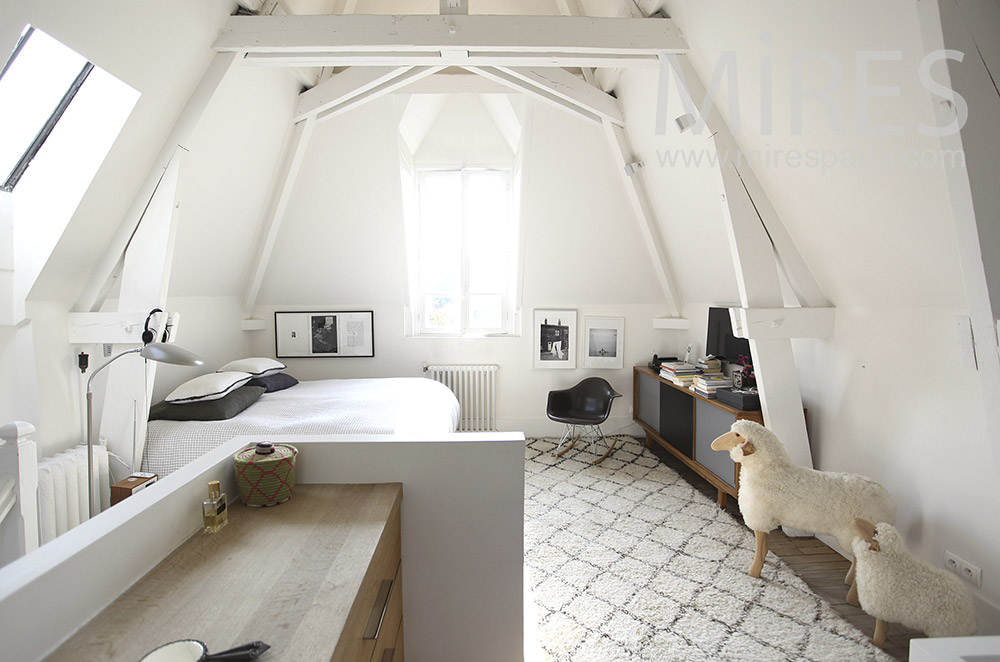 White room with baths and sheep. c1614