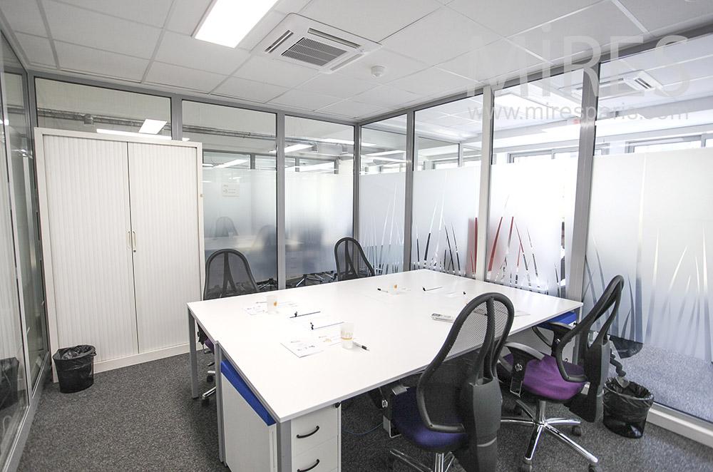 Bureau de réunion carré. C1624
