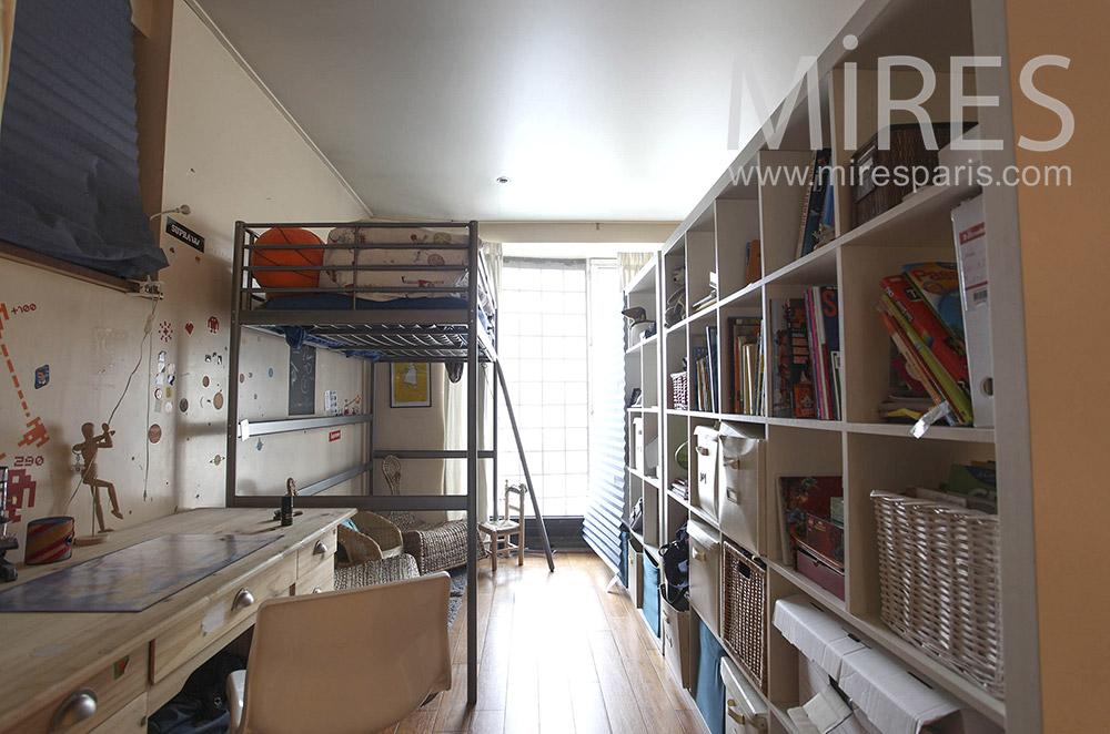 Chambre d\'enfants avec mur de rangement. C0174 | Mires Paris