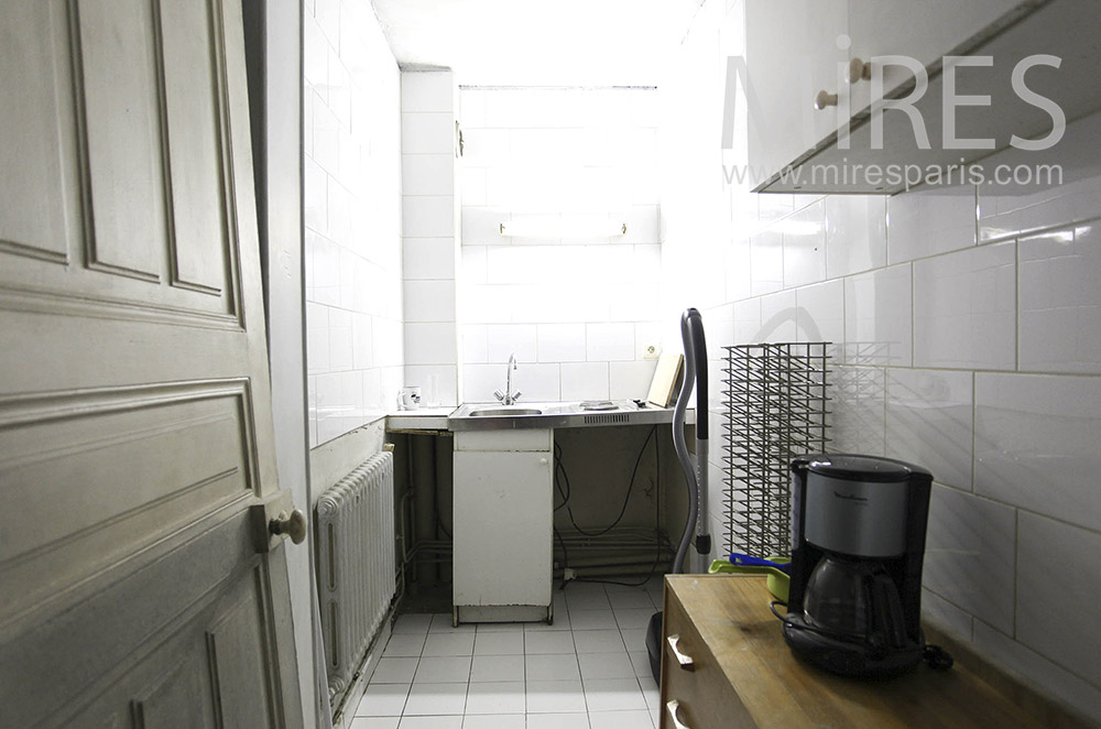 Kitchenette. C0888
