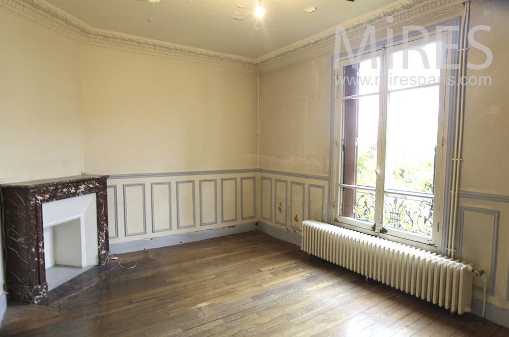 Chambre abandonnée. C1626
