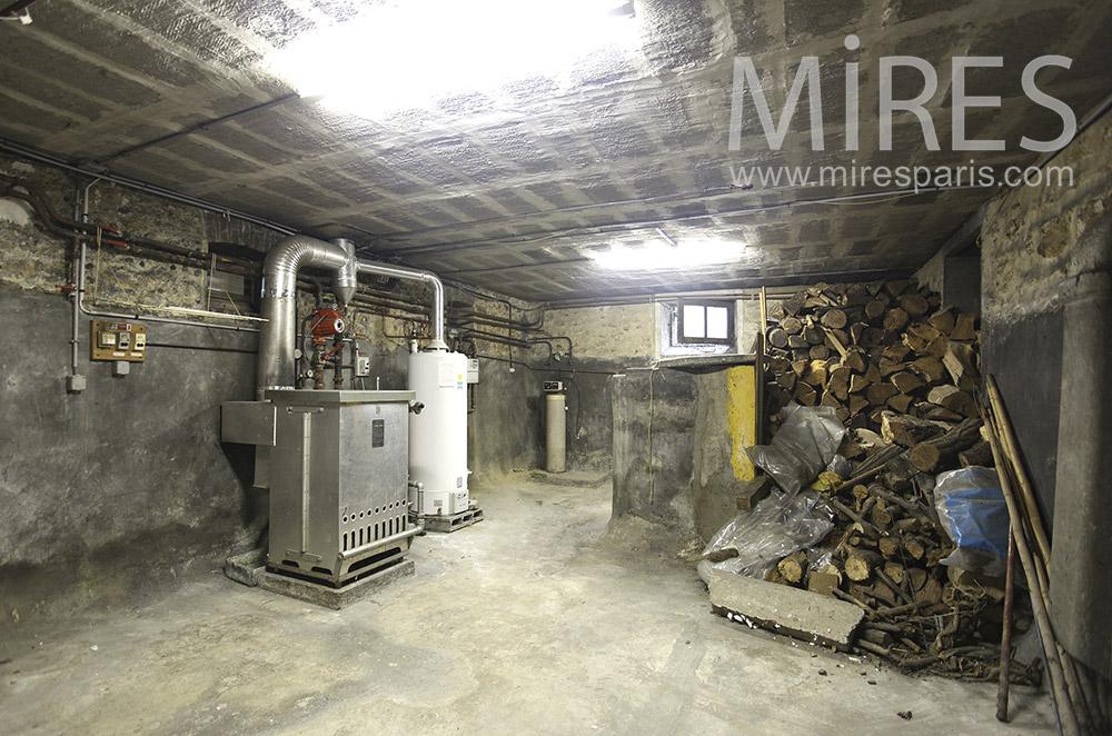 Cellar and boiler. c1626