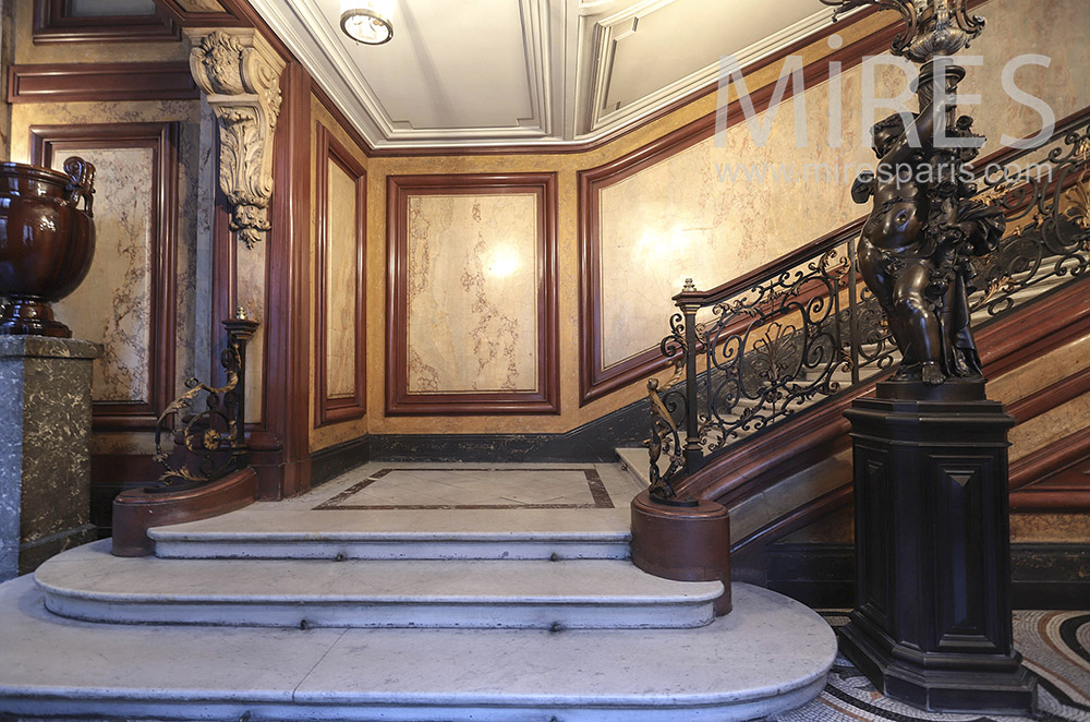 Large marble staircase. C0065