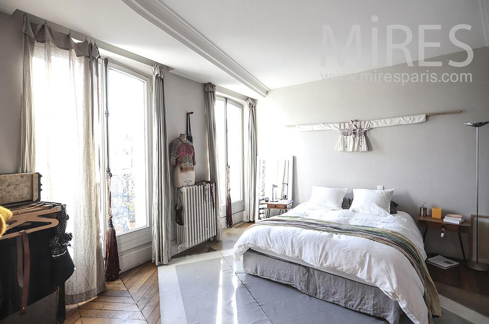 Bright room. C0214