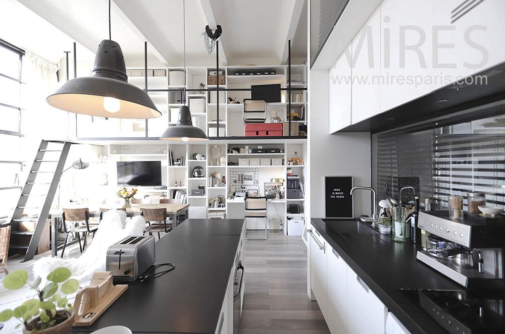 Open kitchen. c1646