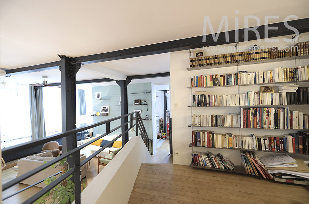 Mezzanine library. c1649