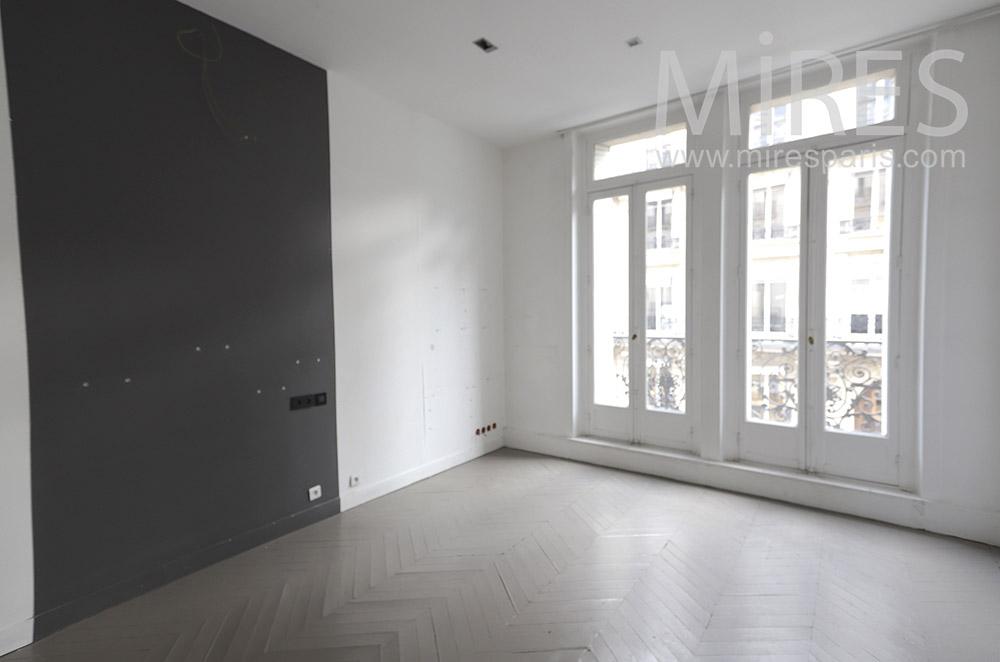 Chambre vide, noir et blanc. C1653
