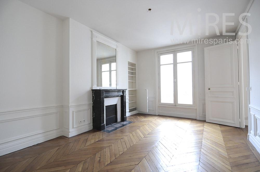 Chambre parisienne désertée. C1655