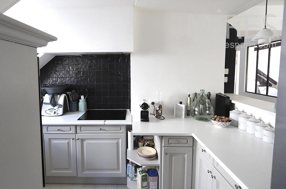 White compact kitchen. C1657