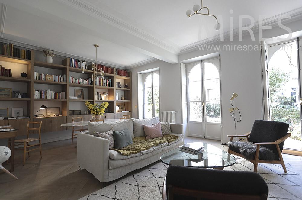 Appartement parisien et jardin. C1665