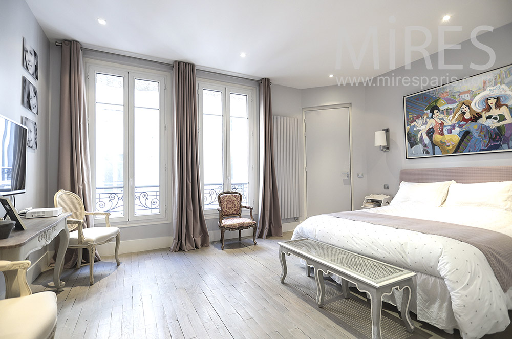 Classic room. C1668